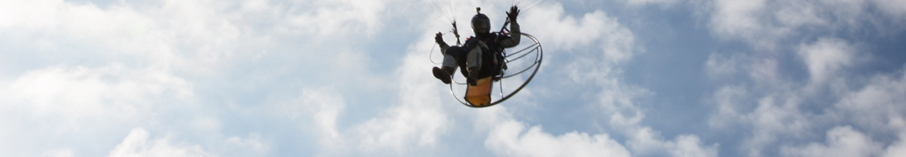 Connnor's Paramotor accident video at Membury  - Safety Matters