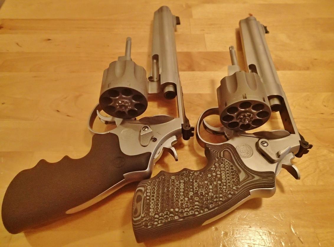 Grip for a 929 - Revolver Forum - Brian Enos's Forums    Maku mozo!