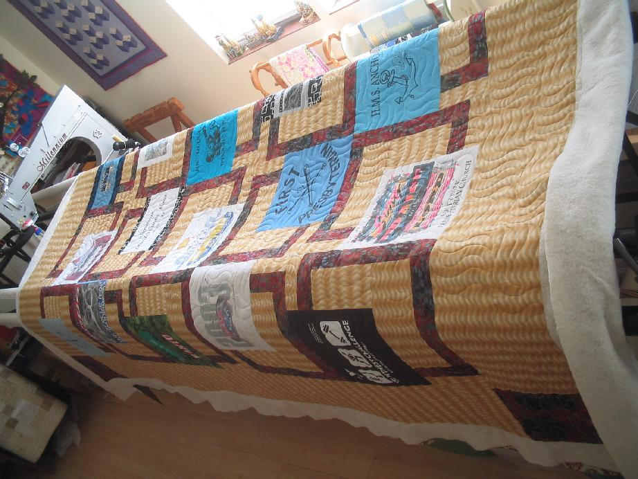 T Shirt Quilt~~ Pattern is BQ - Quilt Pictures, Patterns