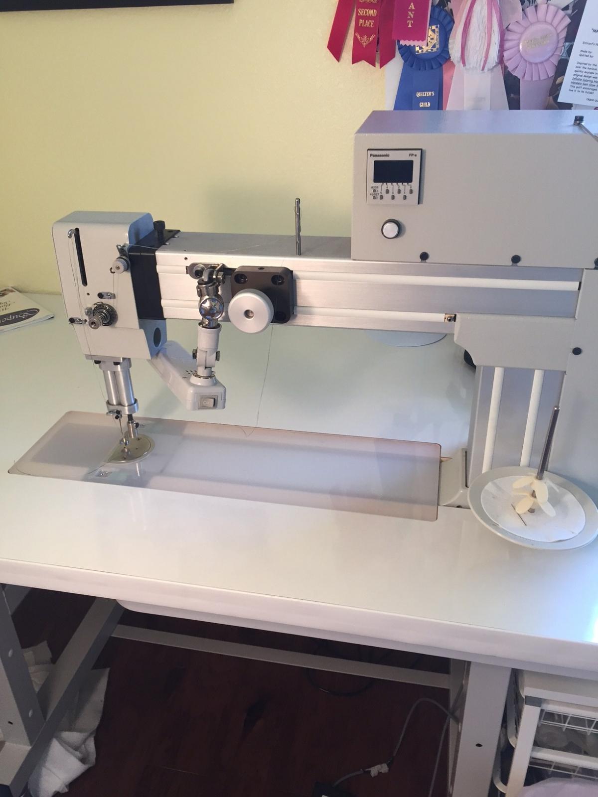 Innova sit-down w/stitch regulator $6,000 - For Sale - Used ... : used innova quilting machine - Adamdwight.com