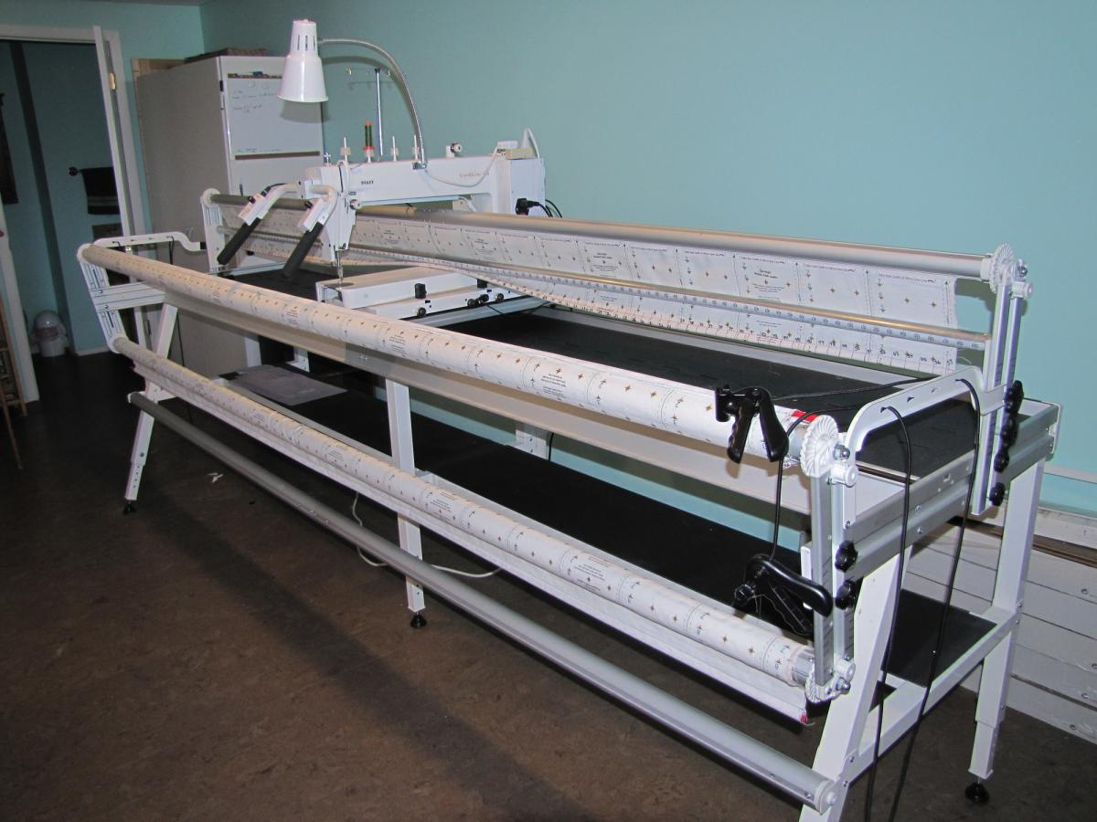 FOR SALE: 18.8 PFAFF LONG ARM ON 10 FT. GRACE INSPIRA FRAME - For ... : pfaff long arm quilting machine price - Adamdwight.com