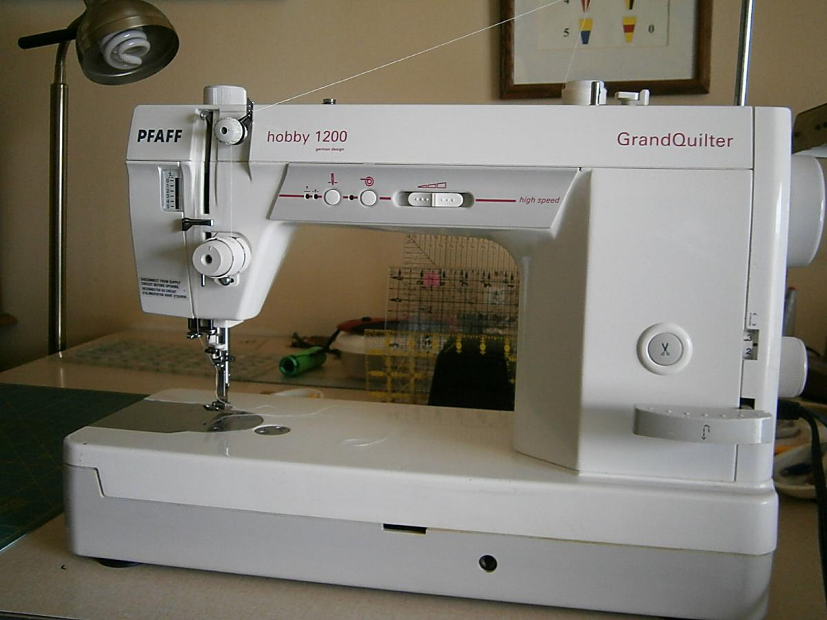 Pfaff Grand Quilter Hobby 1200 - For Sale - Used Quilting Machines ... : pfaff long arm quilting machine price - Adamdwight.com