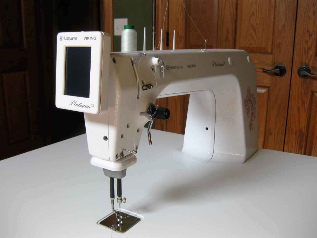 PRICE REDUCED AGAIN: Viking Plantinum 16 mid arm quilting machine ... : mid arm quilting - Adamdwight.com