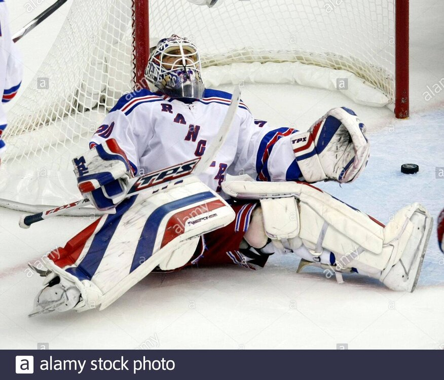 new-york-rangers-goalie-henrik-lundqvist-reacts-after-giving-up-a-goal-to-washington-capitals-alexan-first-period-of-game-7-of-their-nhl-eastern-conferenc.thumb.jpg.f1633f44d9e896f749c26ff82da9742b.jpg