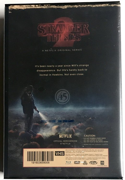 Stranger Things: Season 2 - Target Exclusive VHS Plastic Hardbox - Blu-Ray/DVD Edition