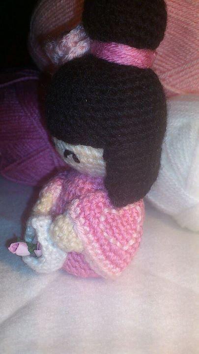 Kokeshi Doll free Pattern. | Kokeshi dolls, Crochet dolls, Diy crochet | 720x405