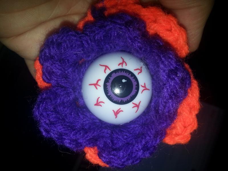 Free Crochet Halloween Eyeball Flower Free Original Patterns