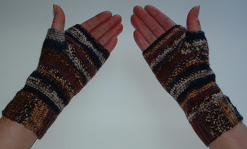 Basic Fingerless Gloves Free Pattern Links Crochetville