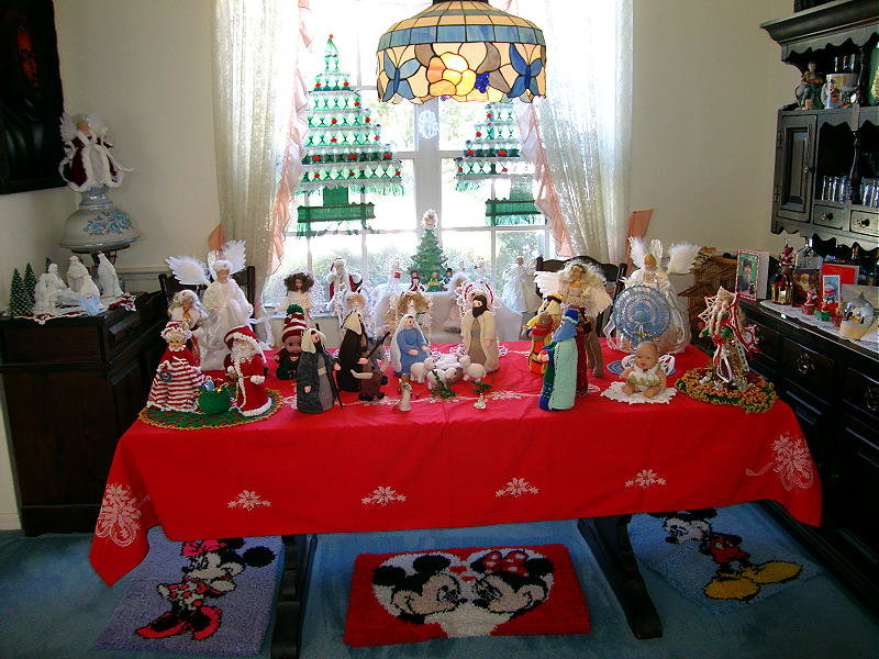 Single Pic December 2013 Table.jpg