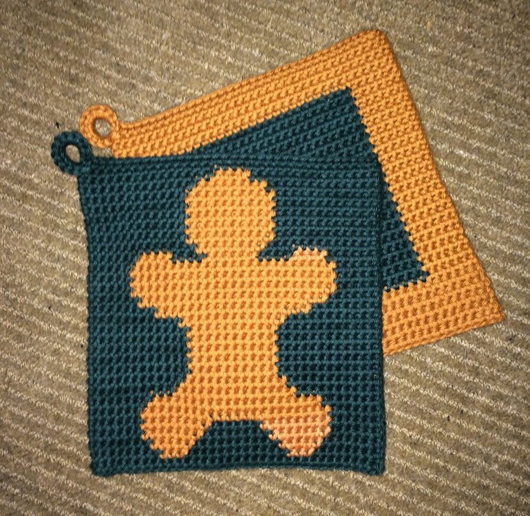Christmas Potholders 3.jpg