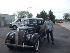1937  Ford De Luxe Fordor