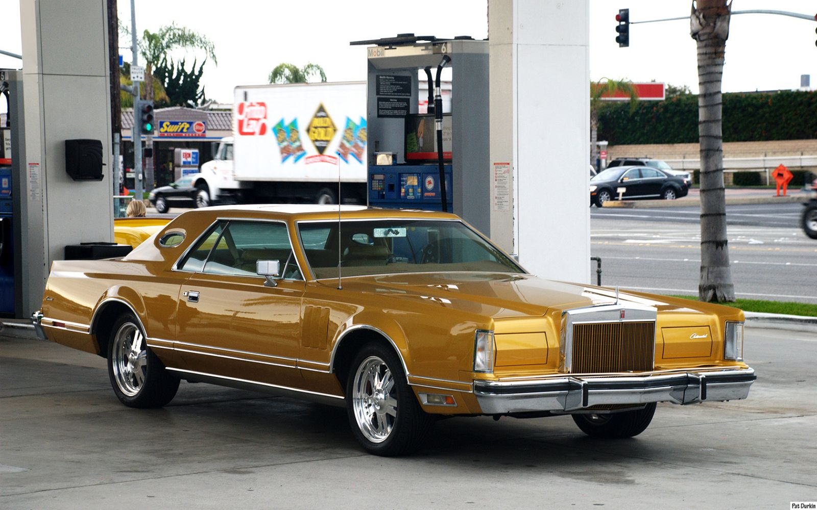 1978 Lincoln Continental Gold Fvr Ford Products Antique
