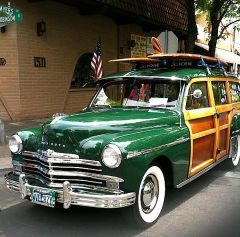 MY 1949 PLYMOUTH WOODY