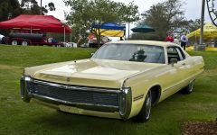 1972 Imperial LeBaron HT - yellow - fvr 2