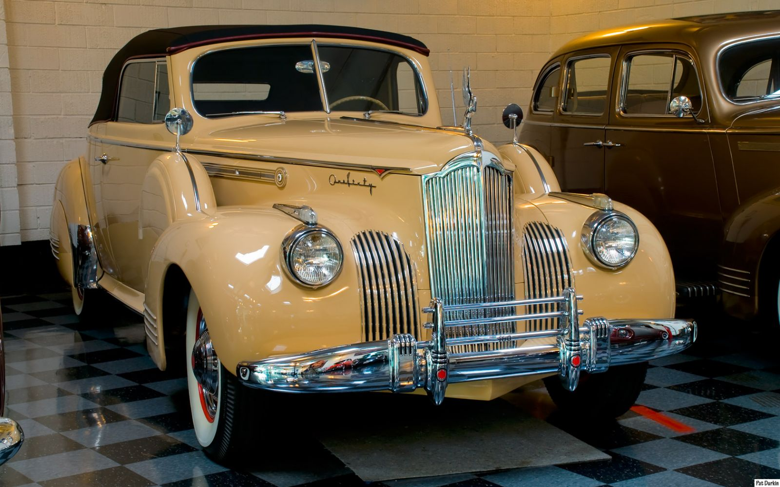 1941 Packard 1479 Convertible Coupe (160) - beige - fvr