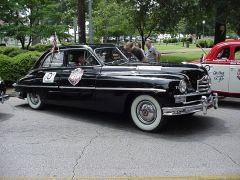 1949_Packard_side_view