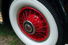 1930 Packard 745 Roadster - wheel-&-tire