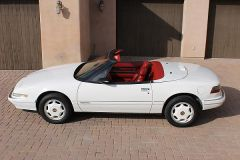1991 Reatta with white wheels