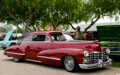 1947 Cadillac Club Coupe - candyapple - fvr