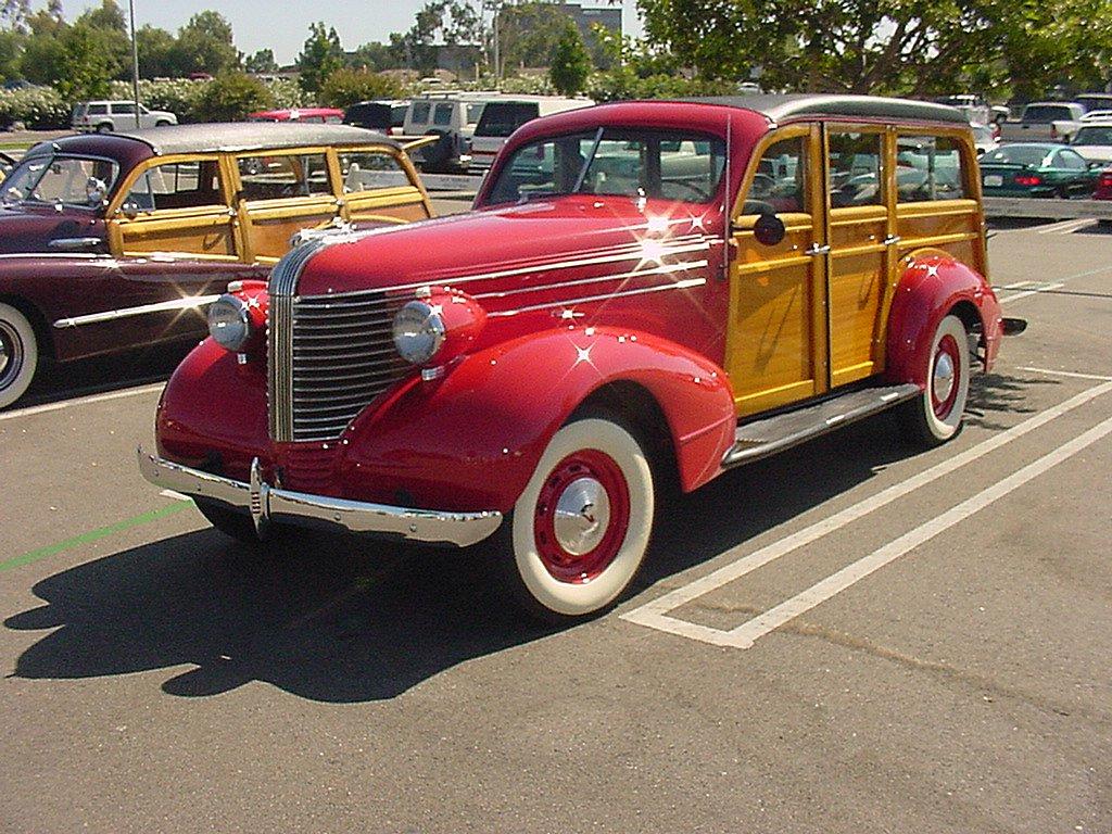 38 Pontiac Woodie General Motors Products Antique Automobile