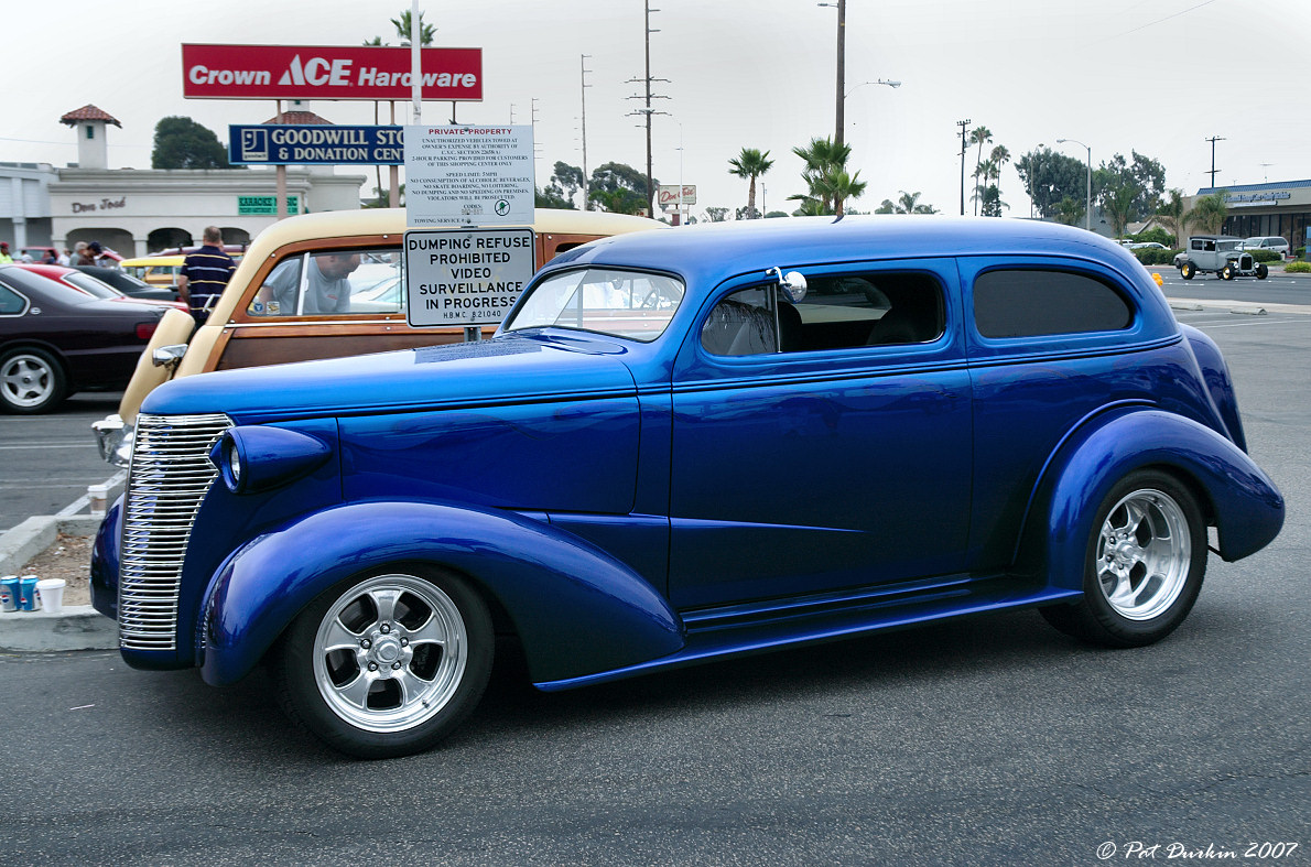 1938 Chevy 2-door sedan - mod - LH side - General Motors