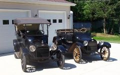 Two 1916 Chevy 490 touring cars