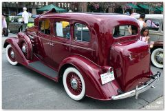 1933 Oldsmobile Touring Sedan - maroon - rvl