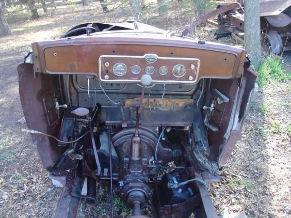 1927 & 1929 Buick chassis Wichita Craigslist NOT MINE