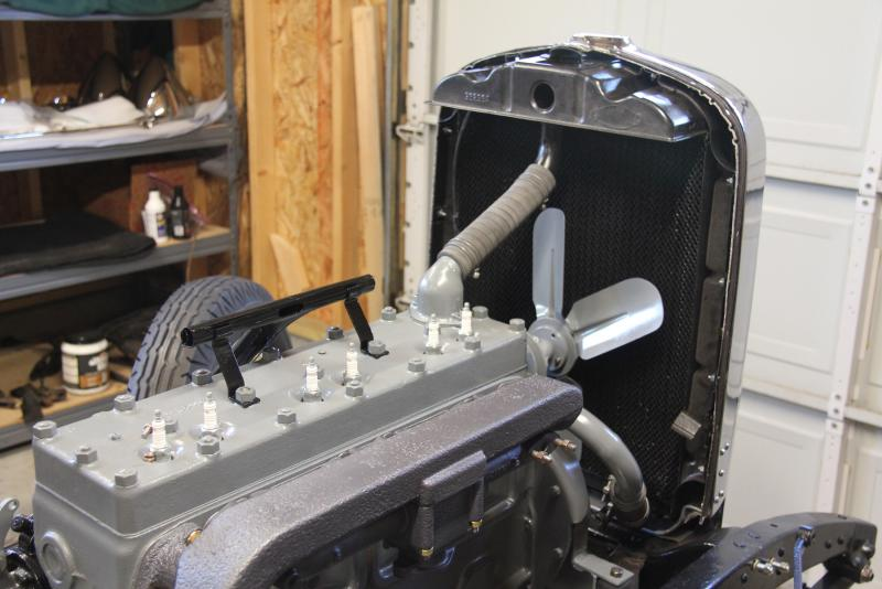 engine with hoses.jpg