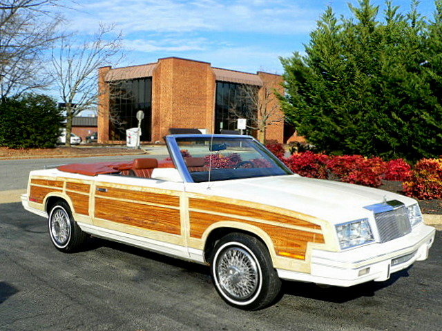 1983 Town and Country.jpg
