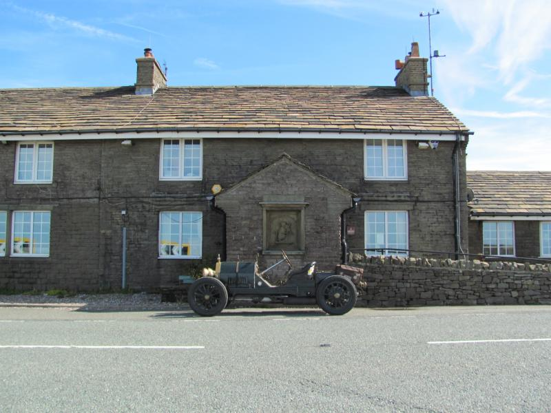 Cat and Fiddle 006.JPG