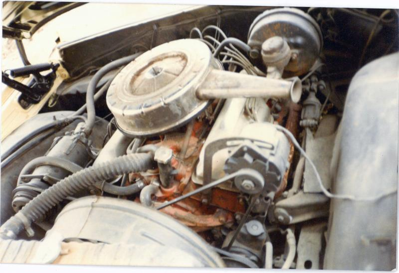 409 engine compartment 1.jpg