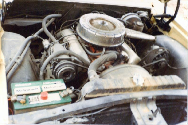 409 engine compartment 3.jpg