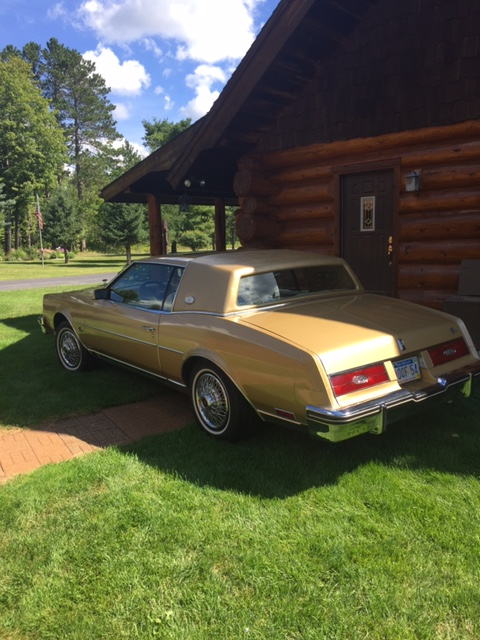 1985 Buick Riviera gold--Michigan (4).JPG