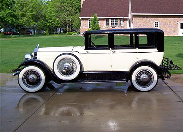1926 Elcar Series 881 4-door 5-passenger Sedan.jpg