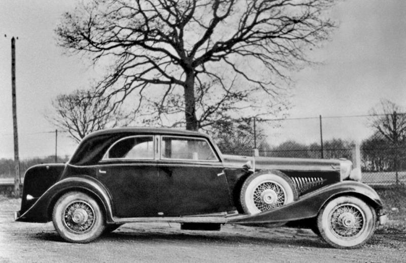 duesenberg_j_365_2385_sunroof_sedan_lwb_by_franay.jpeg