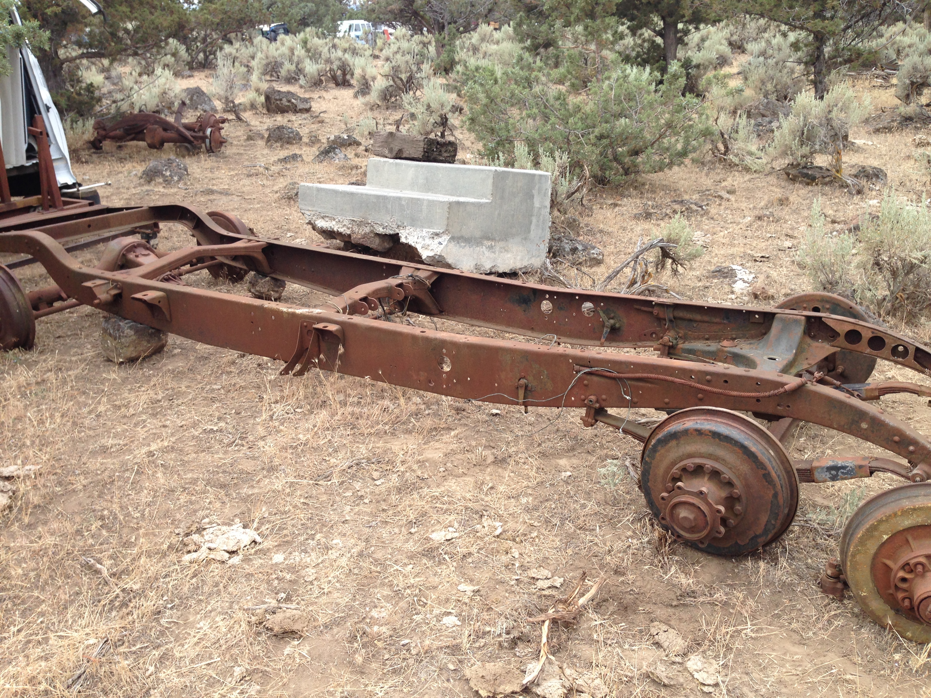 For Sale 1931 1932 1933 Cadillac Parts Cars For Sale Antique Automobile Club Of America