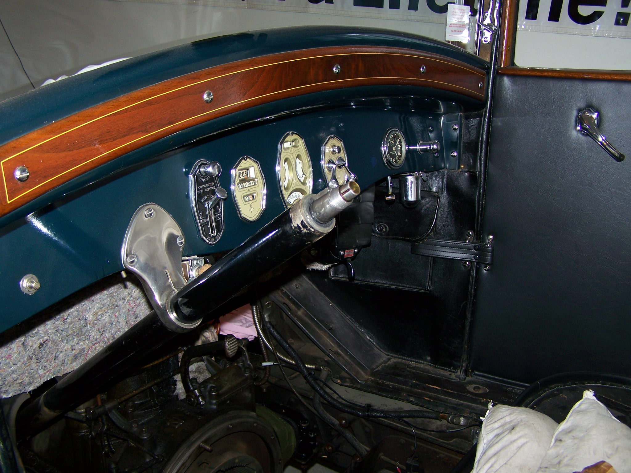 25 Buick Steering wheel removal - Buick - Pre War - Antique