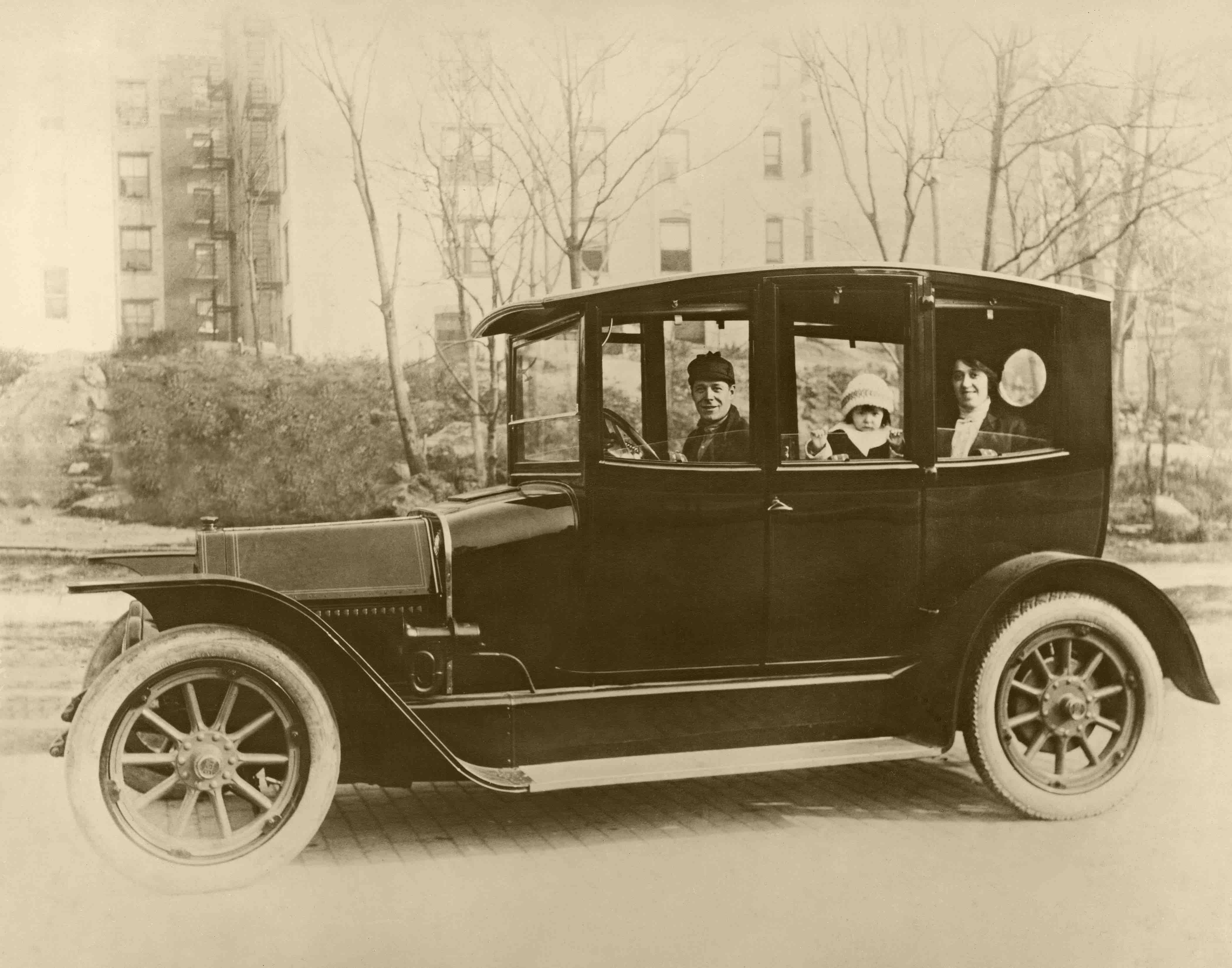 Can anyone identify this car? - What is it? - Antique Automobile ...