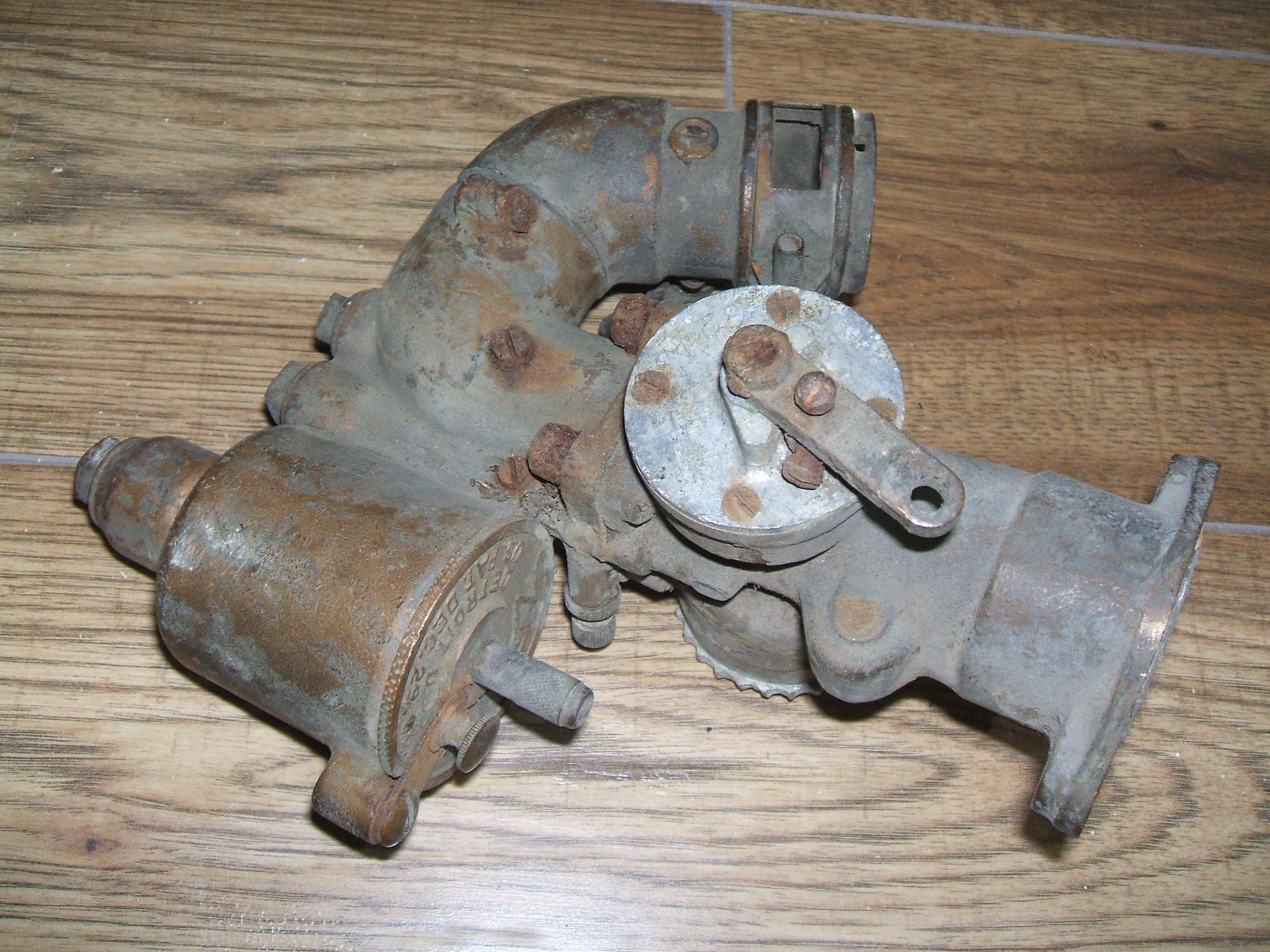 Antique and Vintage Car Parts\