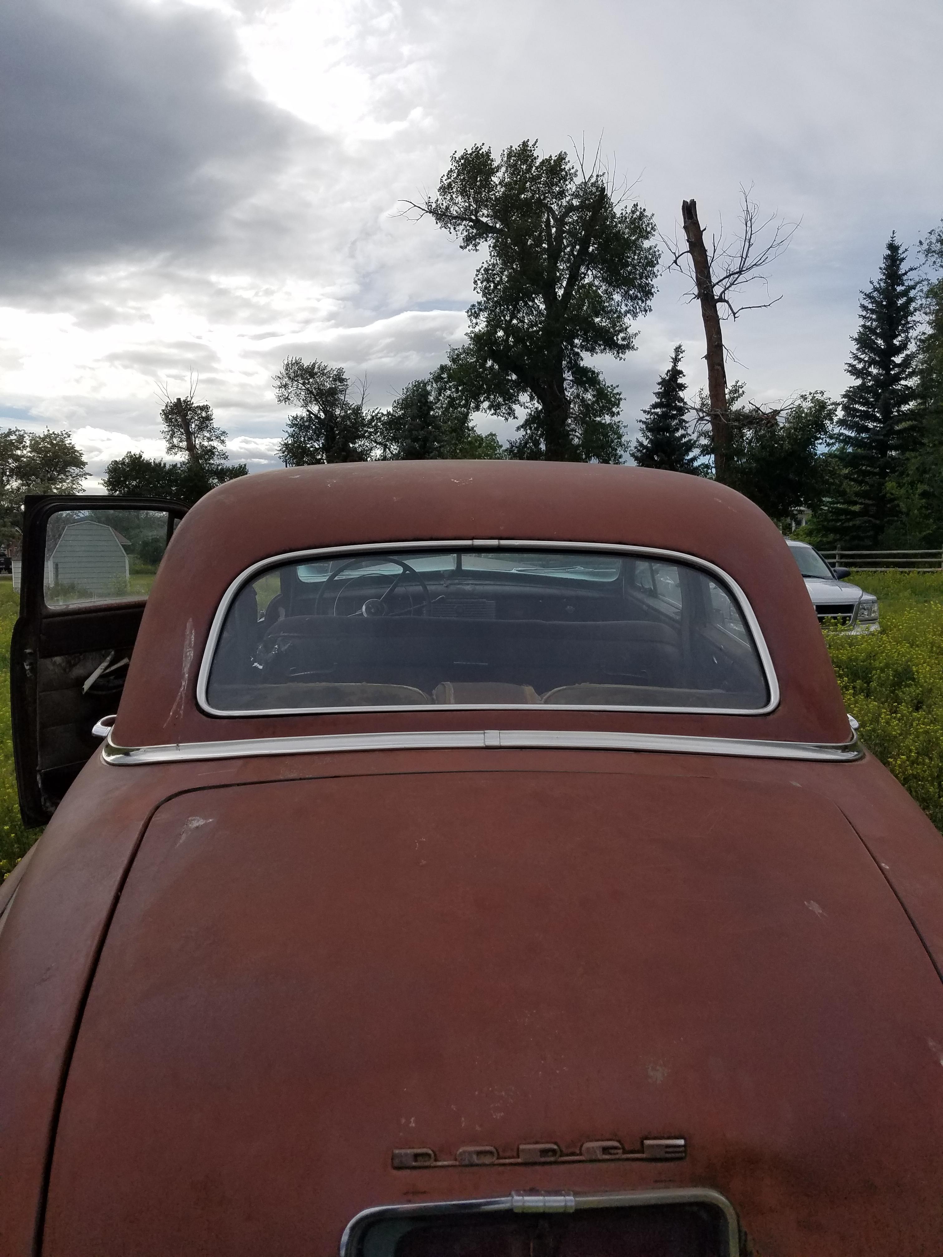1941 chrysler corenet Back window.jpg