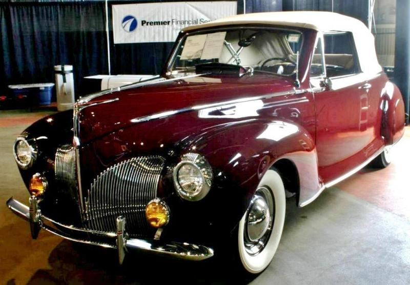 LINCOLN_ZEPHYR_CONVERTIBLE_COUPE_1940_2.jpg