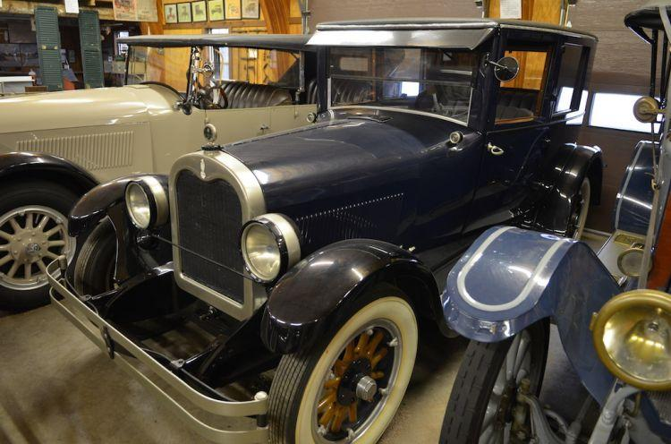 1925 Case Model X suburban coupe--Herb Wessell.jpg