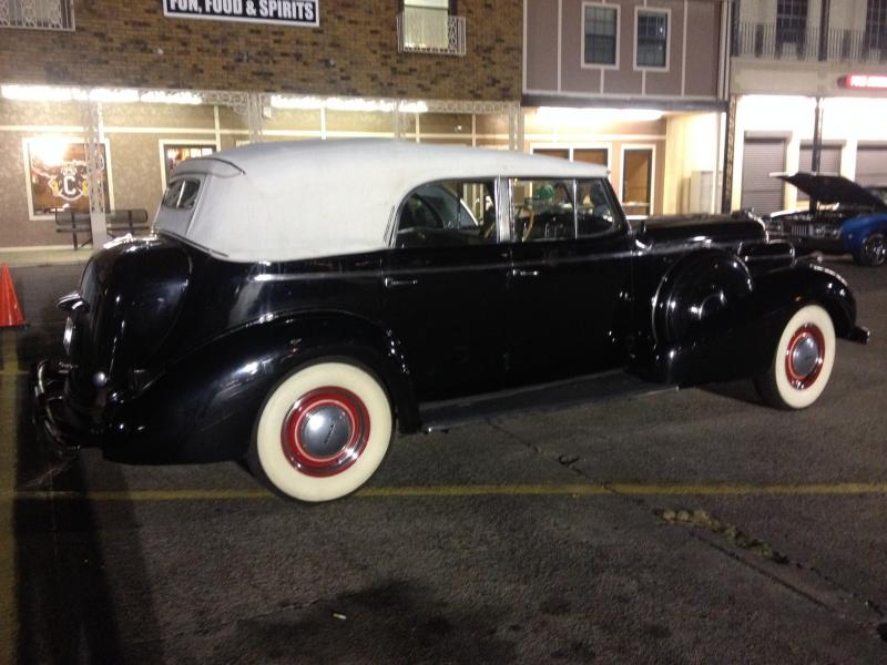 1937 Buick at St Bernard - right rear.JPG