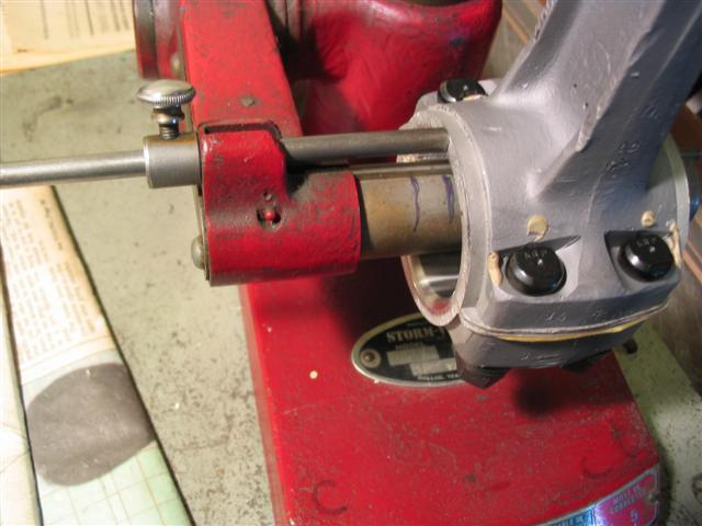 1911 Marmon Rods With Out Side Rist Pin Oiling 062.jpg