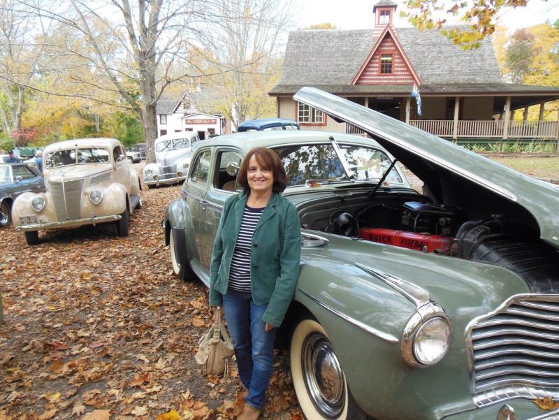 Buick at Cider Mill.jpg