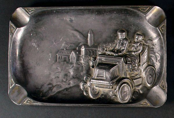 Ash tray with very early auto image in corner.jpg