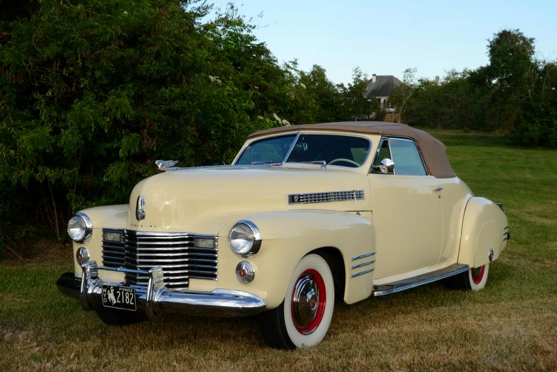 1941 Cadillac Front Quarter - Marty Roth 10-15-2017.jpg
