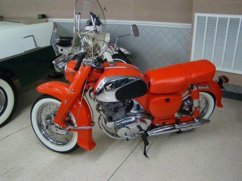 1962_honda_205_dream_original.jpg