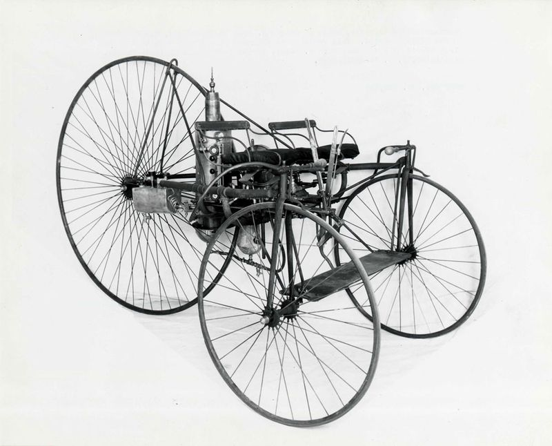 Long steam tricycle.jpg